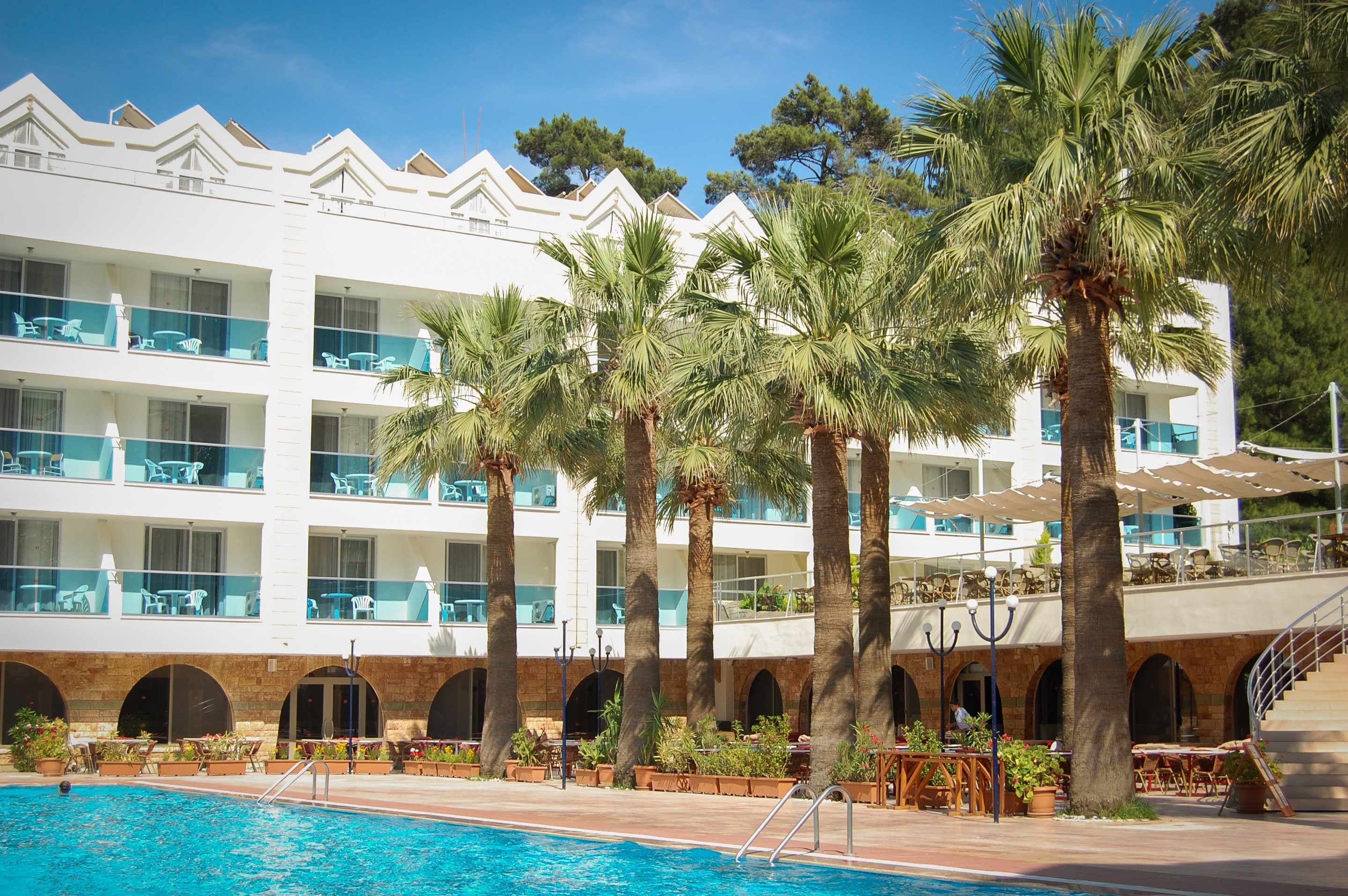 holiday-holidays-hotel-261395